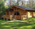 Для дачи из дерева – видео-инструкция по строительству своими руками, проекты недорогих домиков, фото