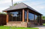 Крытые летние беседки – зимняя конструкция, дачные крытые беседки из бруса и стекла, бюджетные варианты, дизайн сооружения закрытого типа