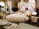 Круглая кровать фото – видео-инструкция по выбору своими руками, особенности интерьера с двуспальными изделиями, дизайн, фото